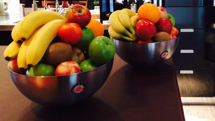 Fruit Op Kantoor : Fruit op het werk van de fruitboer uit de buurt dat is vers van